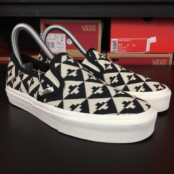 912998b75e Vans Slip Ons SF Geo Check Womens New
